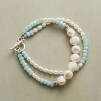 The quiet beauty of our Serenity Pearl Bracelet will lend an understated grace to any ensemble. Wire Jewelry, Jewelry Crafts, Beaded Jewelry, Jewelery, Jewelry Bracelets, Pearl Bracelets, Ankle Bracelets, Pearl Rings, Pearl Necklaces