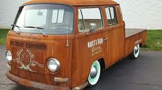Auction Lot Indianapolis, IN From The John Clancy Volkswagen Collection. Volkswagen Transporter, Vw Vanagon, Volkswagen New Beetle, Vw T1, Vw Pickup, Vw Camping, Combi Vw, Mini Bus, Bus Camper