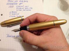 Veľké plniace atramentové pero kovové zlaté trblietavé - 1