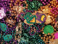 HAPPY MARDI GRAS!!! Don't know what Mardi Gras is? Don't worry - read our quick blog post and impress your friends with your newfound knowledge. #mardigras #nola