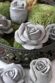 Discover thousands of images about Tutorial: DIY Concrete Flowers Concrete Rose, Concrete Leaves, Concrete Cement, Concrete Garden, Cement Art, Concrete Crafts, Concrete Projects, Concrete Planters, Garden Crafts