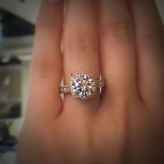 Tacori Gold RoyalT halo