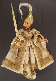 Interesting Marionette.  http://www.marionettesinvenice.com/images/G_DamaBianca_Large.jpg