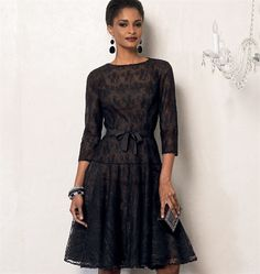 Patron de robe et dessous de robe - Vogue 8943