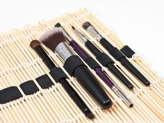 DIY Sushi Mat Makeup Brush Organizer - Brilliant Idea!