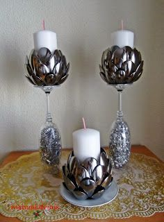 Plastic spoons reused to create artichoke candle holders Diy Home Crafts, Decor Crafts, Diy Home Decor, Arts And Crafts, Plastic Spoon Crafts, Plastic Spoons, Diy Para A Casa, Bottle Crafts, Diy Art