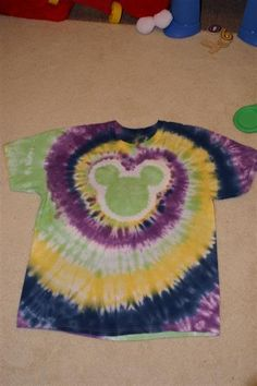 Tie Dye Instructions for Spiral Mickey Shirt  DIsney DIY shirt