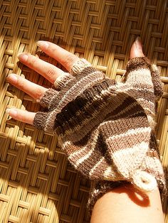 Convertible Mittens by Sandi Rosner