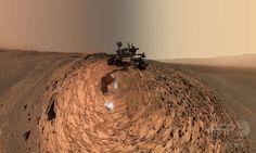 火星無人探査車、ローアングルのセルフィー NASA