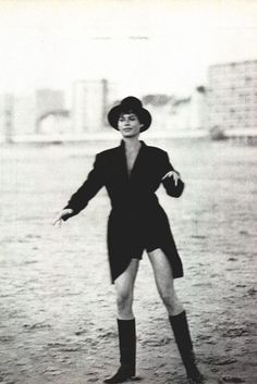 Carre Otis by Peter Lindbergh, 1990.