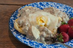 Theres nothing as good as Homemade Sausage Gravy and its really simple to make! A great weekend breakfast and even an easy weeknight supper! Homemade Sausage Gravy, Sausage Gravy And Biscuits, Sausage Breakfast, Breakfast Recipes, Biscuits From Scratch, Over Easy Eggs, Chicken Base, Biscuit Recipe, Brunch