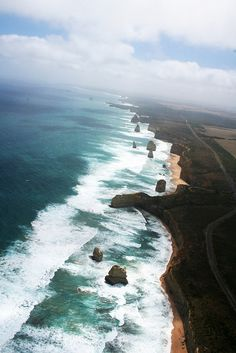 The Twelve Apostles are limestone stacks in the ocean off SW Victoria, Australia Costa, The Places Youll Go, Places To See, Wonderful Places, Beautiful Places, Melbourne, Destinations, Seen, All Nature