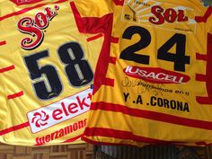 La última de Borgetti, y la primera de Yass Corona. Jerseys MatchWorn de Monarcas Morelia
