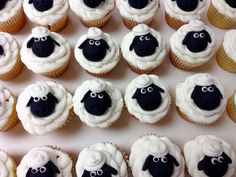 #customcupcakes #confectionperfection #cupcakesatlanta #cupcakesmarietta