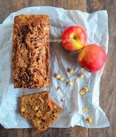 Appel-kaneel cake met noten Pureed Food Recipes, Baking Recipes, Cookie Recipes, Cake Recept, Sweet Bakery, Bacon Wrapped, Banana Bread, Blog, Good Food