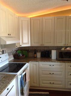 Coastal Cream : Shop Kitchen Cabinets online, Buy All Wood Kitchen ...
