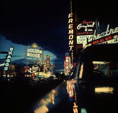 Vintage Las Vegas - Fremont Street at night lit up by gambling casino neon signs. Location: Las Vegas, NV, US Date taken: February 1961 Luxor, Nocturne, Neon Licht, Fremont Street, Las Vegas Nevada, Life Pictures, Picture Collection, Life Magazine, City Lights