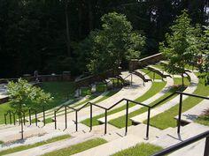 Outdoor amphitheater at the Clemson Botanical Gardens Green Architecture, Landscape Architecture, Landscape Design, Cole Park, Landscaping A Slope, Open Air Theater, Outdoor Theater, Texas Gardening, Skate Park