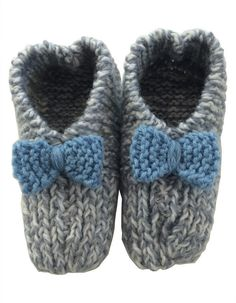 Hand Knitted Slippers Medium Knitted Slippers, Hand Knitting, Baby Shoes, Hands, Medium, Crochet, Crafts, Fashion, Moda