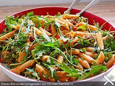 Eckis italenischer Nudelsalat mit Pesto, ein sehr schönes Rezept aus der Kategorie Studentenküche. Bewertungen: 130. Durchschnitt: Ø 4,7.