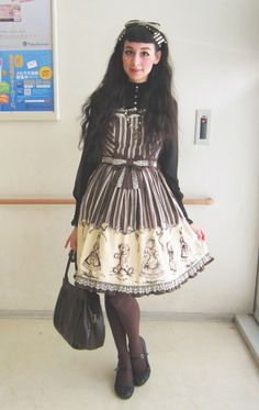sapphira-doll:  Black and brown coordinate with Innocent World jumperskirt