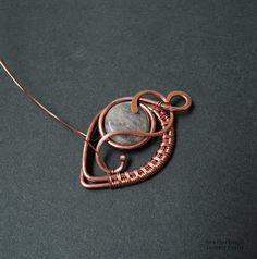 Tutorial for pendant - I like the alternating wrapping on this piece