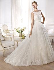 Pronovias presents the Oceania wedding dress. Costura 2014. | Pronovias