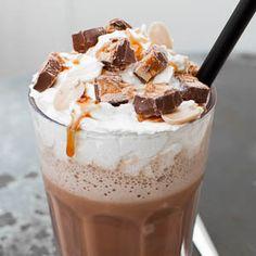 Starbucks hat seit einiger Zeit neue Frappuccino-Sorten für den Sommer: Cinnamon Swirl, Cookie Dough, Summer Pie und Cupcake. Zwei davon konnte ich schon probieren und sie waren wirklich suuuper le…