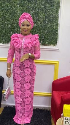 Latest African Fashion Dresses, African Dresses For Women, African Wear, African Attire, African Blouses, Lace Outfit, Fashion Outfits, Kaftan, Charity