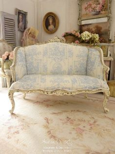 French pale blue toile de Jouy, Shabby sofa, Distressed antique white, Louis XV, Dollhouse furniture th scale French Furniture, Shabby Chic Furniture, Vintage Furniture, Home Furniture, Bedroom Furniture, French Decor, French Country Decorating, Cozy Nook, Pink Room