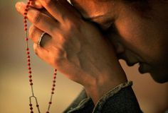 Do you know how to say the Rosary? Would you like to walk through a fragrant rose garden of love for the Blessed Virgin Mary and her Divine Son, Jesus? You can get there by saying this simple yet p…