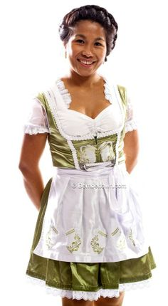 FRANKFURTER OKTOBERFEST MODE -  FRANKFURT BEMBEL TRACHTEN - Follow us Facebook.com/Bembeltown to receive our Specials - Bembeltown Design and more... - http://youtu.be/uUvv-qfAurc | www.Bembeltown.com | #frankfurtshopping #hessentag #hessen #bembel #frankfurt #igfrankfurt #trachten #fashionmagazine #hessen #lederhosen #hotpants #dirndl #fashionblogger #römer #fashionblog #apfelwein #geripptes #bembeltown