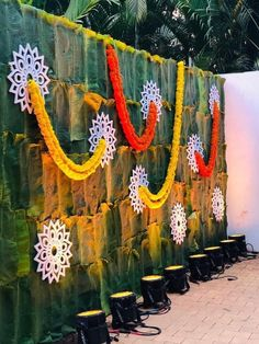 Plantain leaves backdrop with artistic florals. Desi Wedding Decor, Wedding Stage Design, Wedding Hall Decorations, Marriage Decoration, Backdrop Decorations, Flower Decorations, Backdrops, Wedding Mandap, Diwali Decorations