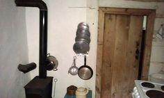 Svenngården: Før og etter: #prosjektGjerde - Kjøkken Door Handles, Sconces, Wall Lights, Home Decor, Homemade Home Decor, Chandeliers, Appliques, Sconce Lighting, Door Knobs