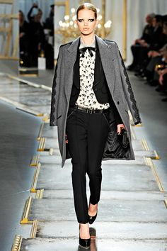 Jason Wu Fall 2011 RTW - Review - Fashion Week - Runway, Fashion Shows and Collections - Vogue
