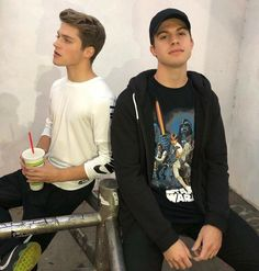 Previously On Teen Wolf: Photo Teen Wolf Mtv, Teen Wolf Memes, Teen Wolf Boys, Teen Wolf Cast, Froy Gutierrez, Andrew Matarazzo, Edward Smith, Cute Friend Pictures, Tumblr Boys