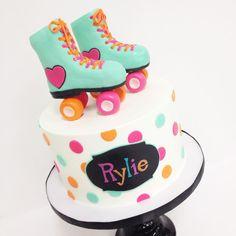 28 Trendy Birthday Cake Girls Teenager So Cute Teenager Party, Birthday Cake Girls Teenager, 10 Birthday Cake, 10th Birthday Parties, 8th Birthday, Birthday Ideas, Retro Birthday, Husband Birthday, Birthday Wishes