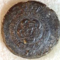 """7TH BRITISH REGIMENT, pewter enlisted man's button, """"Royal Fusiliers"""". 7 within rose on face, no shank, 18mm, known as the Royal Fusiliers. A very rare Battle of New Orleans British regimental button. There is some edge erosion, excavated at Dauphin Isle, AL. many years ago where the British moved to after the January 8th defeat at Chalmette regrouping to take Mobile. A duplicate from my personal collection. This excavated example still retains good detail"""