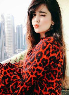 Dpz for girls Beautiful Girl Photo, Cute Girl Photo, Beautiful Girl Indian, Beautiful Lips, Beautiful Pictures, Beautiful Women, Stylish Girls Photos, Stylish Girl Pic, Cute Girl Poses