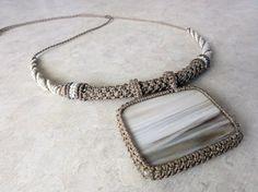 Macrame Necklace  brown and beige with Petrified par SusanaVijaya