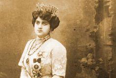 Fatma Aliye Topuz, the first Turkish female novelist