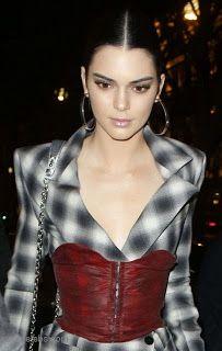 海外セレブスナップ | Celebrity Style: 【ケンダル・ジェンナー】モダンで斬新なウエストマークを美しく着こなしてイベントへ!