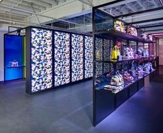 POP UP! Dior Pop up store, Miami store design