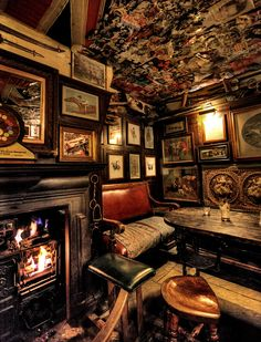 The Nag's Head Pub, Central London. A pub you can stop into to get a few refreshments, or more likely a quick drink.