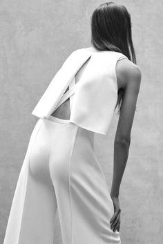 Narciso Rodriguez Resort 2016 Fashion Show