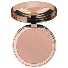 Charlotte Tilbury Norman Parkinson Dreamy Glow Highlighter (£45) ❤ liked on Polyvore featuring beauty products, makeup, face makeup, beauty, summer makeup, vintage makeup, glamorous makeup and vintage cosmetics