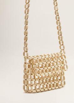 Beaded wood bag - Woman - Bags and Purses 👜 Fall Handbags, Straw Handbags, Handbags On Sale, Purses And Handbags, Wooden Bag, Diy Sac, Cheap Purses, Macrame Bag, Beaded Bags