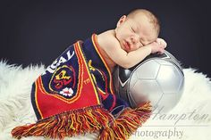 cute REAL SLC baby pic, maybe we could do a Chelsea FC scarf instead! ;) Tyler will love this. haha.
