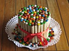 Cuchufli cake for a kid party! Great idea!