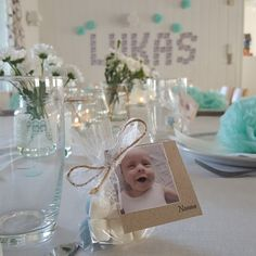 inspiration til drengedåb med den lækreste candybar Diy And Crafts, Crafts For Kids, Baby Barn, Niklas, Baby Shower Table, Baby Christening, Holidays And Events, Baby Gifts, Place Cards